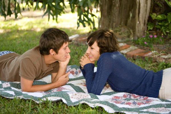 6 คำถามซ้ำๆ ที่ผู้หญิงชอบถามผู้ชาย