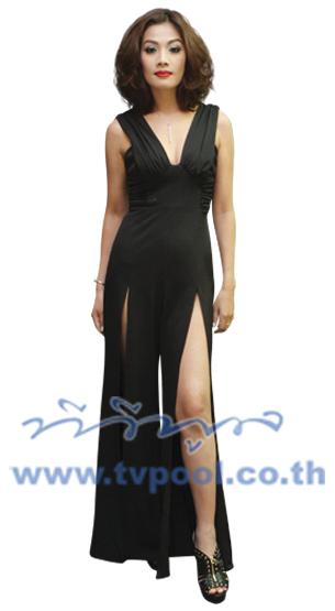 Classic Black แฟชั่นคลาสสิคสไตล์กับเสื้อผ้าเน้นสีดำบรรดาสาวเซเลบริตี้