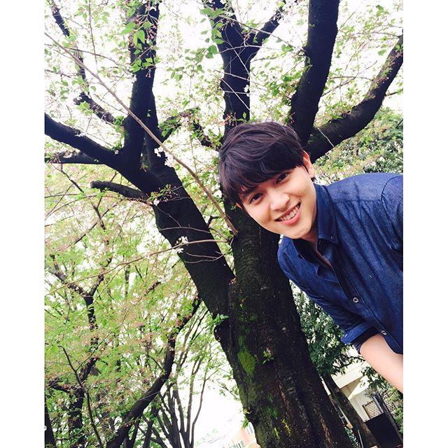 """""""เจมส์ จิรายุ"""" แจงกรณีภาพหน้าลอย บอกเป็นเทรนเกาหลี!!"""