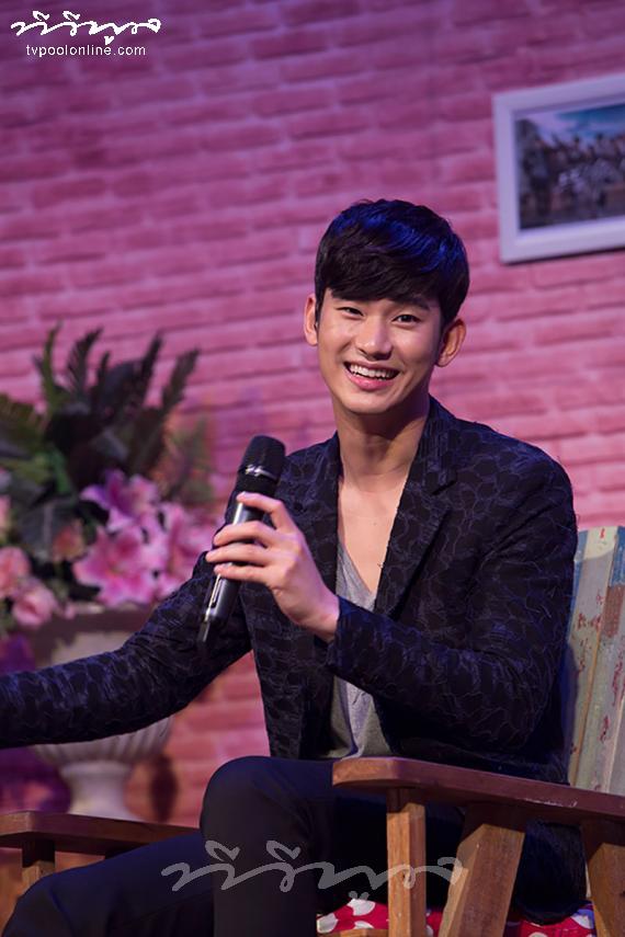 'คิมซูฮยอน' น่ารักสุดฤทธิ์! ในงานแฟนมีทติ้งครั้งแรกในเมืองไทย