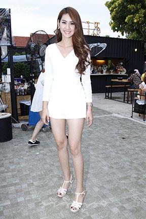 DRESS WHITE SHORT