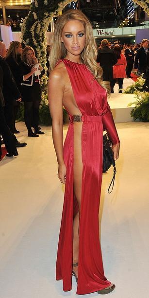 ภาพดาราคนดังใส่ชุดหวิว รวมงานพรมแดง
