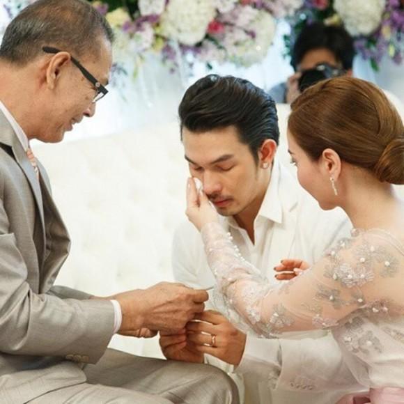 เก็บตกภาพงานแต่งสุด Exclusive 'อั้ม-นัท' หวานเว่อร์ !!