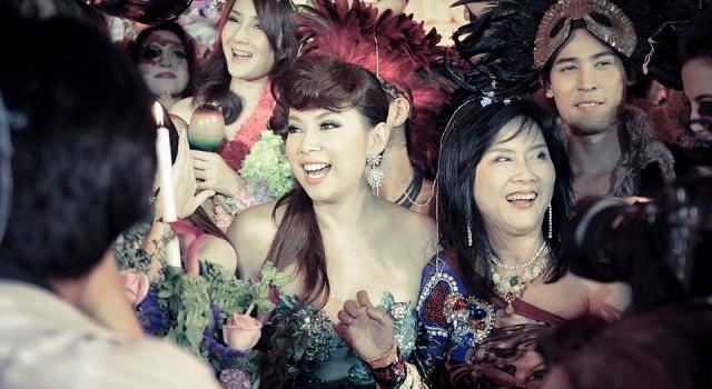 """ลั้ลลากับงาน """"ทีวีพูล สตาร์ปาร์ตี้ ครั้งที่ 24"""" Aloha Party"""