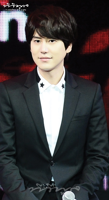 INTERVIEW WITH CUTE GUY 'CHO KYU HYUN'