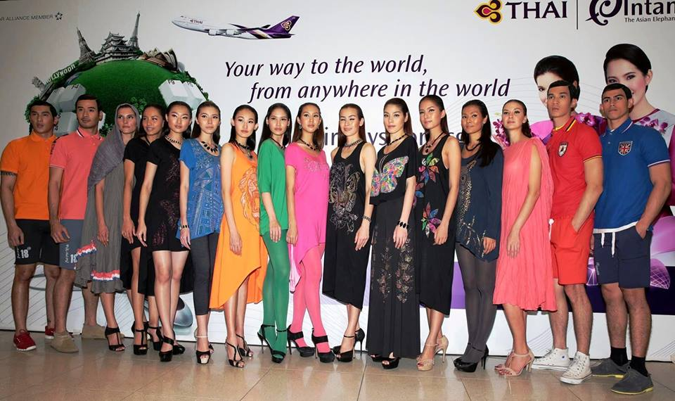 เก็บตกแฟชั่น CREATIVELY THAI 2014 FASHION SHOW in SINGAPORE