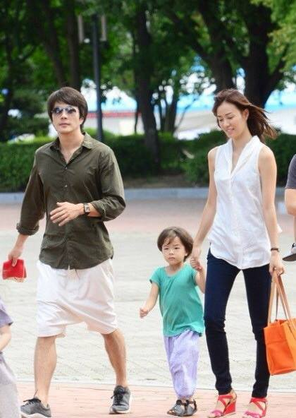 """""""ควอนซังวู"""" เฮ ภรรยาท้องลูกคนที่ 2"""