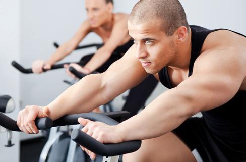 เทคนิคการออกกำลังกาย ที่ทำให้ผู้หญิงเหลียวหลัง!
