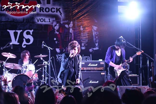 ระเบิดความมันส์คนพันธุ์ร็อค! กับ 'J-DAY' คอนเสิร์ตจุดไฟ DNA ชาว J-Rock