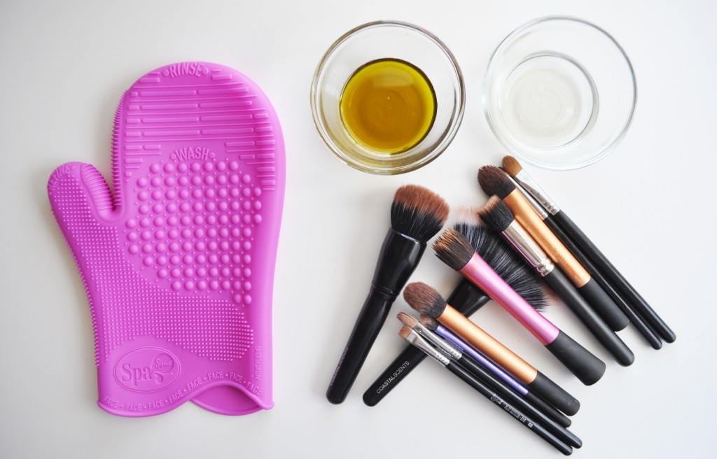 How to Clean Your Makeup equipment