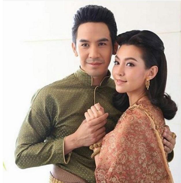 """งดงามมากส่อง 10 ภาพ ของ""""เบลล่า ราณี"""" ในชุดไทย"""