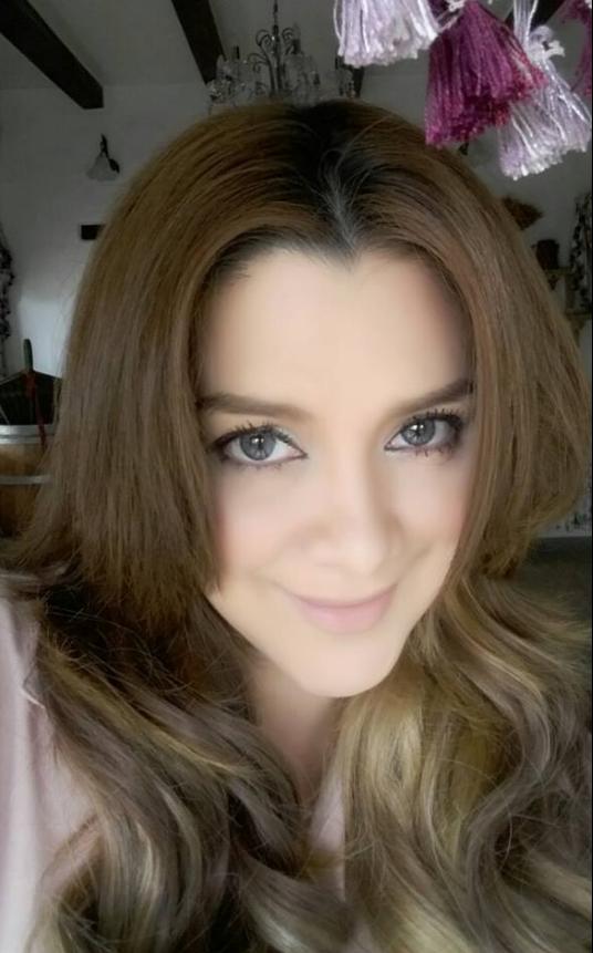 """44 ยังสวย!! อดีตนักร้องชื่อดัง """"พาเมล่า เบาว์เด้น"""" ปัจจุบันจะสวยแค่ไหน? เช็ค!!"""