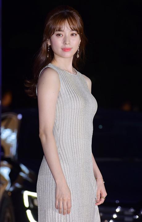 สุดเจ๋ง! 'Lee Byung Hun, Yoo Ah In, Song Joong Ki' คว้ารางวัล Baeksang Arts Awards 2016