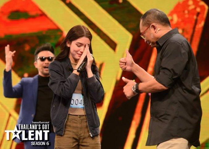 ยอดวิวถล่มทลาย !! อลิสา จณิน Thailand's Got Talent ที่ได้ Gold Buzzer ที่เเท้เธอคือลูกคนดังระดับโลกค