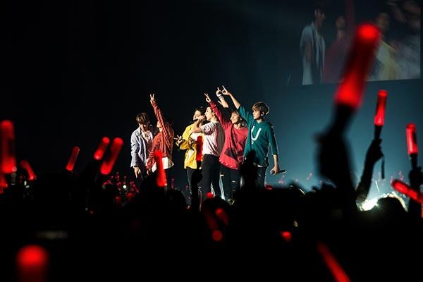 งานดี…งานไอคอน (iKON)!!!! เฟโอห์-จัดใหญ่…แสงสีเสียงแน่น!!!!