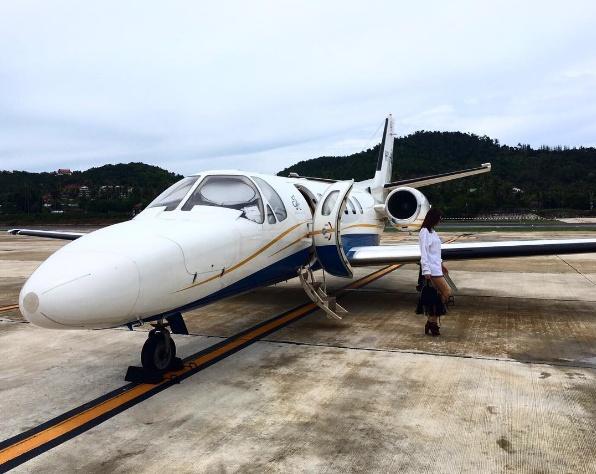 คริส หอวัง สวยและรวยมาก นั่งเครื่องบินเจ็ทส่วนตัว ไปเที่ยวชิคๆ!!!