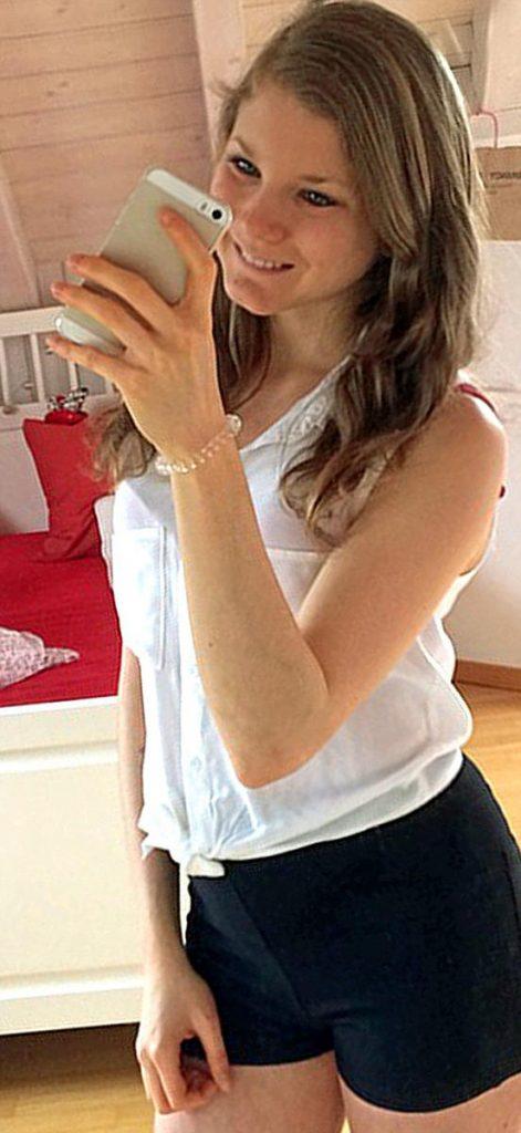 """พลังรัก!!! """"Chiara Schober จากสาวที่เป็นโรคกลัวอ้วน"""" เเต่เธอหายเป็นปกติได้เพราะเเฟนหนุ่มของเธอ!!!"""