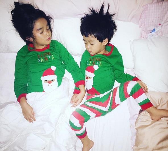 """น่ารักมากเมื่อ """"น้องณดา-ณดล"""" ทำแบบนี้ในวันเกิดของ """"พ่อบรู๊ค"""" (ชมคลิป)"""