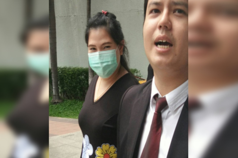 สาวป.โท คนทำเพจปลอม สำนักข่าวดัง โดนจับขึ้นศาลแล้ว แต่ยังปฏิเสธข้อกล่าวหา
