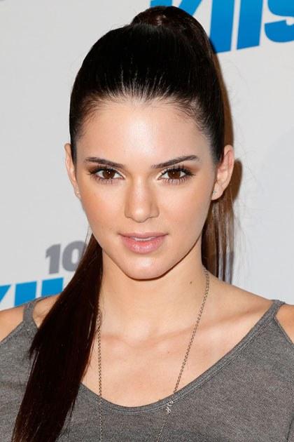 Kendall Jenner ลบแอคเคานท์ instagram  คนติดตามกว่า 65ล้านคน  โดยให้คำตอบจากการลบแบบสุดสวย