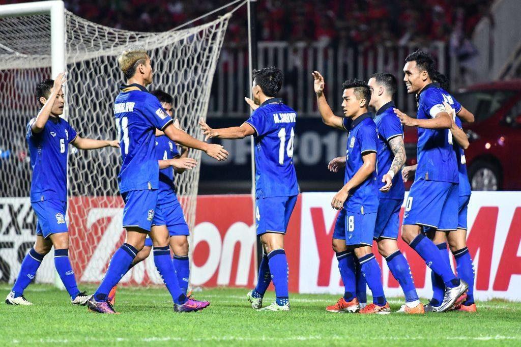 """ช้างศึกผงาด!!! """"เปิดบ้านทุบอินโดนีเซีย 2-0"""" คว้าแชมป์ เอเอฟเอฟ ซูซูกิ คัพ ได้ 5 สมัยเป็นทีมแรก!!!"""