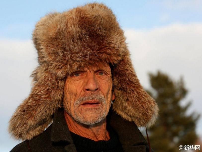 """สุดเเกร่ง !!! """"Mikhail Baburin"""" หนุ่มผู้ใช้ชีวิตเพียงลำพัง ในหมู่บ้านที่ห่างไกลของรัสเซีย !!!"""