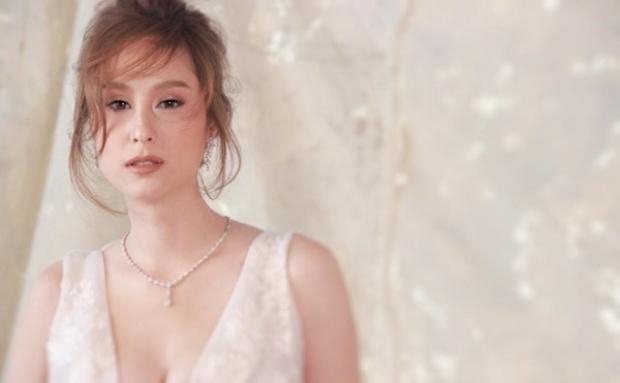 """สวยดุจดั่งเจ้าหญิง """"ขวัญ อุษามณี """" การถ่ายแฟชั่นชุดแต่งงาน"""
