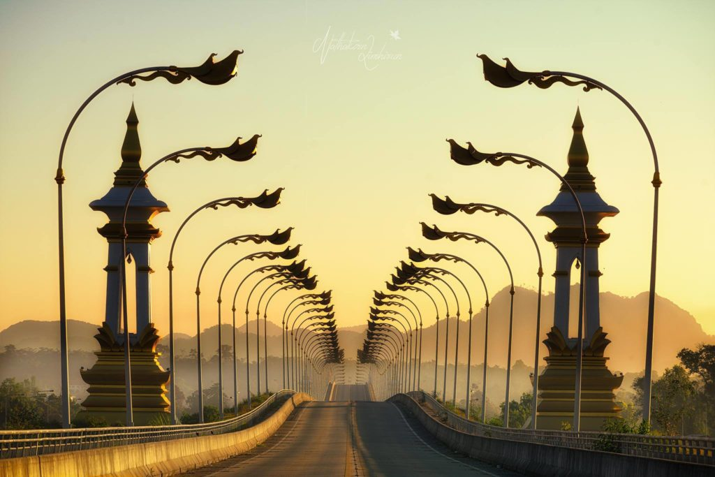 """ชมความงดงามของ """"สะพานมิตรภาพ 3"""" (นครพนม-คำม่วน)"""