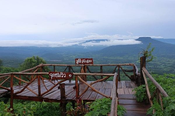"""ไม่ต้องไปถึงญี่ปุ่น ก็ฟินได้ ที่ภูป่าเปาะ""""ภูเขาฟูจิแห่งเมืองเลย"""""""