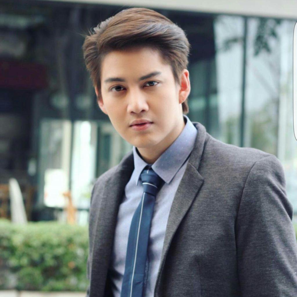แฟนคลับ กอล์ฟ พิชญะ ทั้งไทยและเทศ ตกใจ! เห็นคลิปกอล์ฟดิ้นรน ทุรนทุรายหนีออกจากโรงพยาบาล