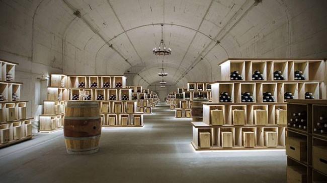 """จากหลุมหลบภัยเมื่อ 80 ปีก่อน!!! สู่ """"พิพิธภัณฑ์ไวน์"""" สุดยิ่งใหญ่ อลังการ ในปัจจุบัน!!!"""