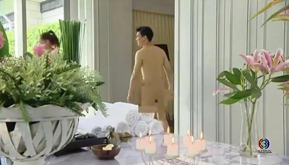 """ฉากสุดแซ่บ!! ละครกามเทพหรรษา """"เคน"""" โชว์หุ่นเกือบเปลือย ทำสาว ๆ กรี๊ดสนั่น!! (ชมคลิป)"""