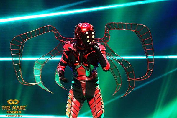 ใช่หรือไม่!!! กอล์ฟ พิชญะ คือ หน้ากากแมงมุม ขนาดพี่ชายออกมาคอนเฟิร์มแบบนี้