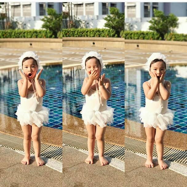 """ส่องภาพความน่ารัก""""น้องปีใหม่"""" ถ่ายแบบชุดว่ายน้ำสายฮา"""