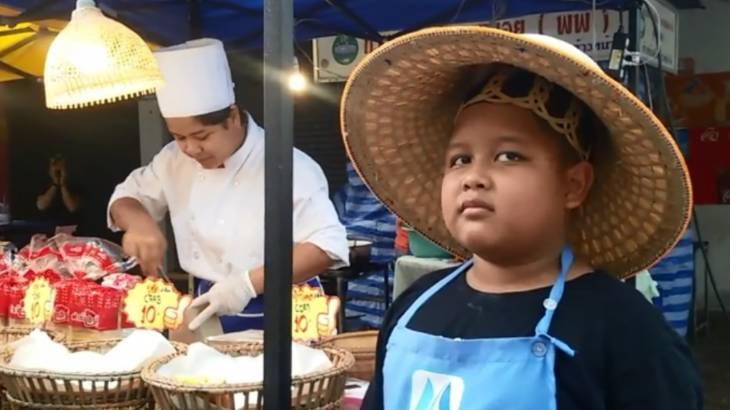 เด็กป.5 ขายแซนด์วิชช่วงปิดเทอม ช่วยแม่หาเงิน ได้เงินเกือบหมื่นต่อวัน