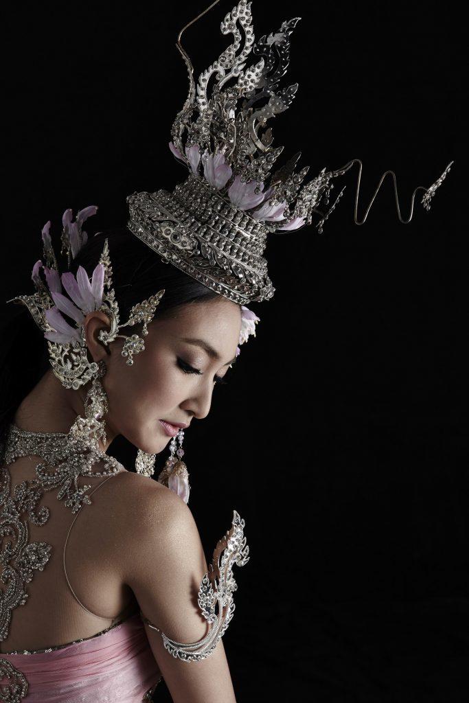 'แพนเค้ก' ในชุดไทยจากซีรีส์ 'ศรีอโยธา' งดงามดุจนางในวรรณคดี