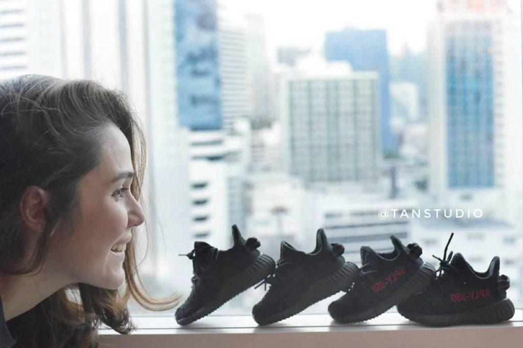 ไม่ค่อยเห่อ!!! ชมพู่-น็อต ซื้อรองเท้าเตรียมรอ ลูกชายฝาแฝด