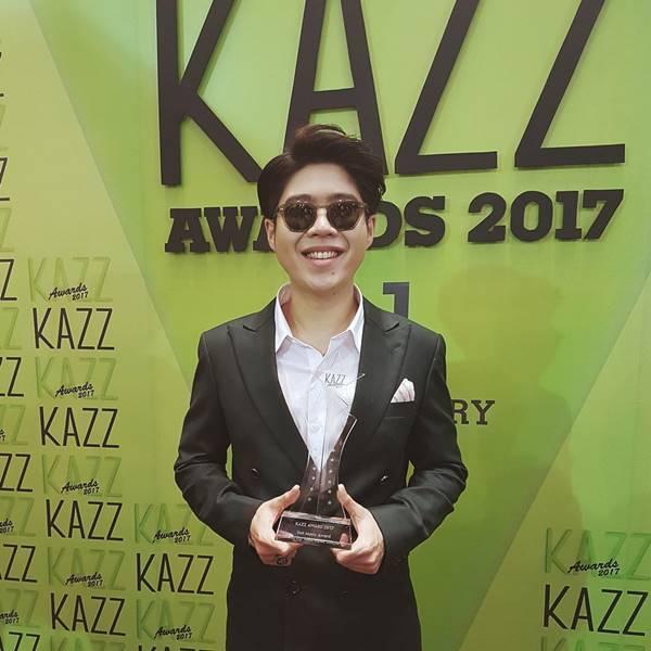 """ประกาศผลแล้วจ้า!!!  KAZZ Awards 2017 """"เป๊ก ผลิตโชค"""" คว้ารางวัล ขวัญใจมหาชน"""