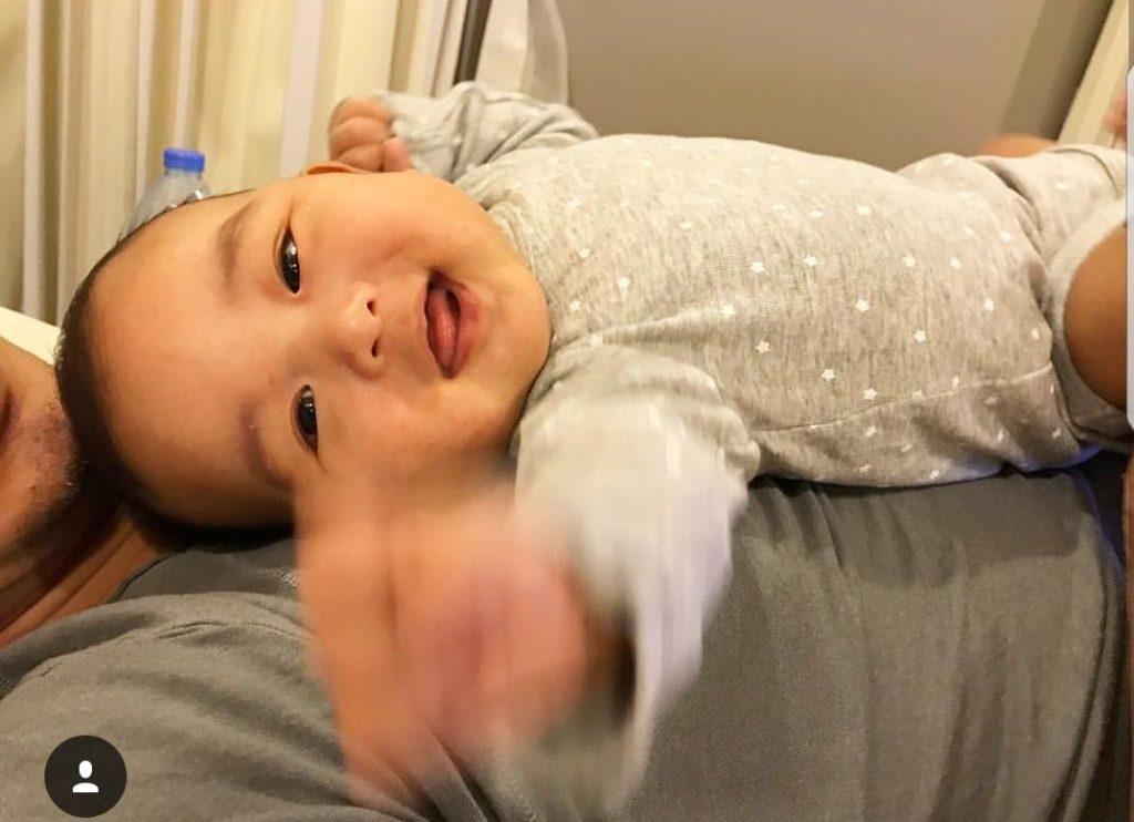 """ชมรอยยิ้ม """"น้องตฤณ"""" ลูกชาย """"วิกกี้- ชาย"""" น่ารักน่าชังมาก"""