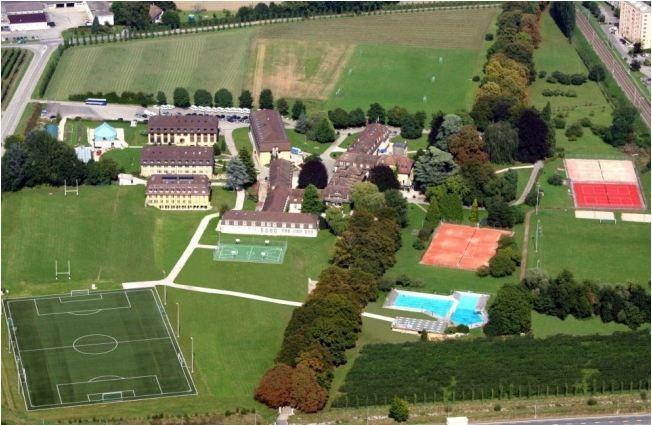 ตามดูชีวิตสุดหรูใน Le Rosey โรงเรียนเก่าแก่ ที่ขึ้นชื่อว่าเป็น School of Kings