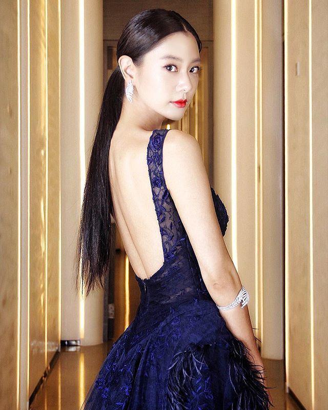 """เป๊ะอะไรเบอร์นี้ """"Clara Lee"""" นักแสดงสาวเกาหลี ที่การันตีได้เลยว่าเซ็กซี่สุดติ่ง"""