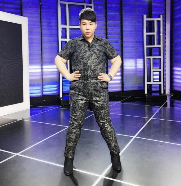 """""""บุ๊คโกะ ธนัชพันธ์"""" ติดขอบสนาม พาเชียร์ นักกีฬาไทยสู้ศึกซีเกมส์ 2017"""
