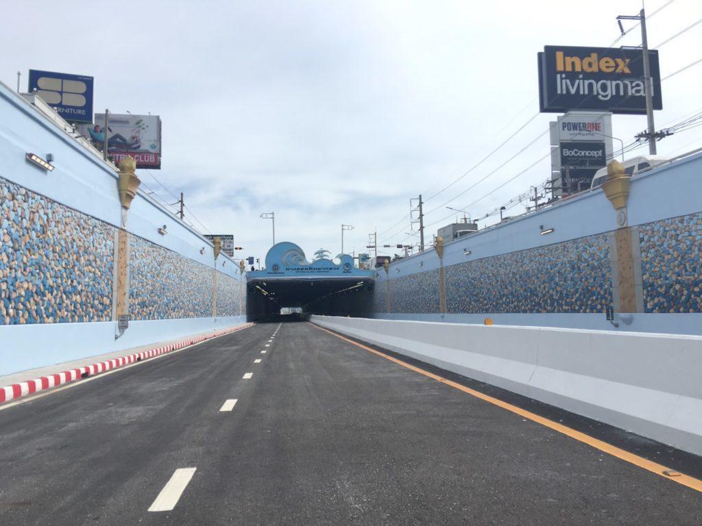 เปิดใช้ 4 ทุ่มวันนี้! ทางลอดพัทยากลางแก้รถติด ชูปลาโลมา-สีฟ้าสัญลักษณ์เมืองท่องเที่ยว