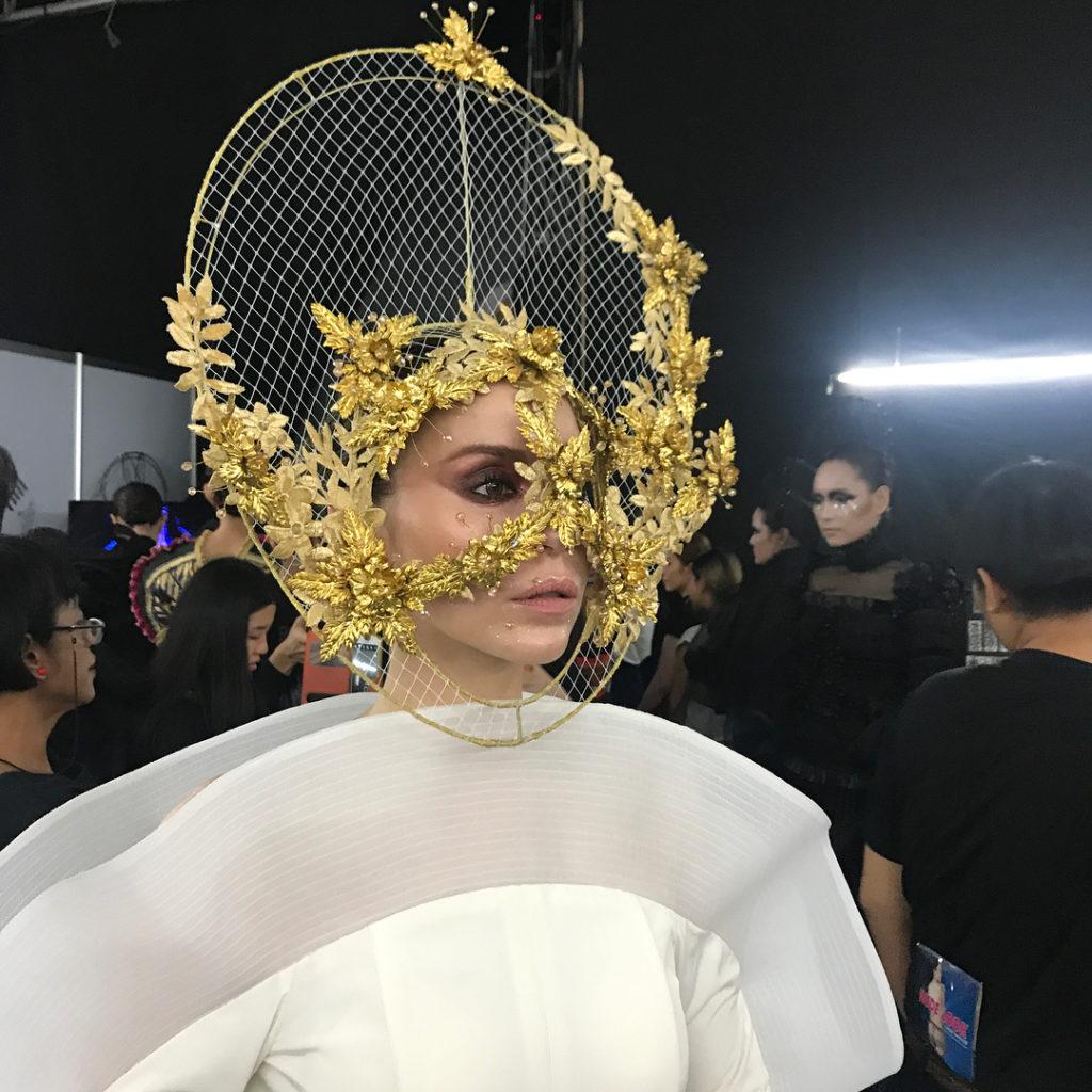 นัท มีเรีย เดินแบบงาน elle fashion week อลังการเว่อร์