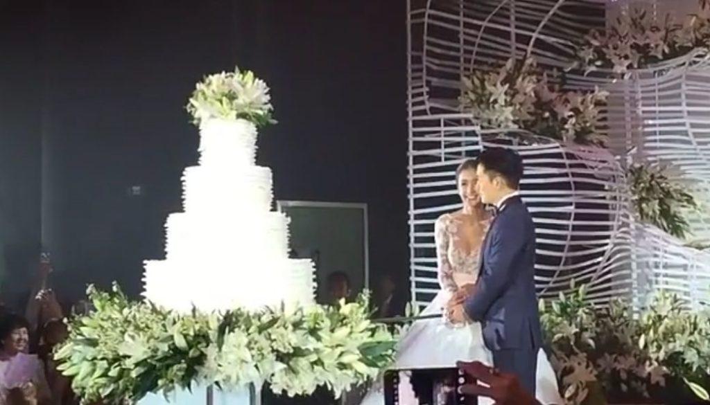 (ชมคลิป) โมเม้นท์น่ารัก! เนย&ไฮโซอาร์ม วันแต่งงาน