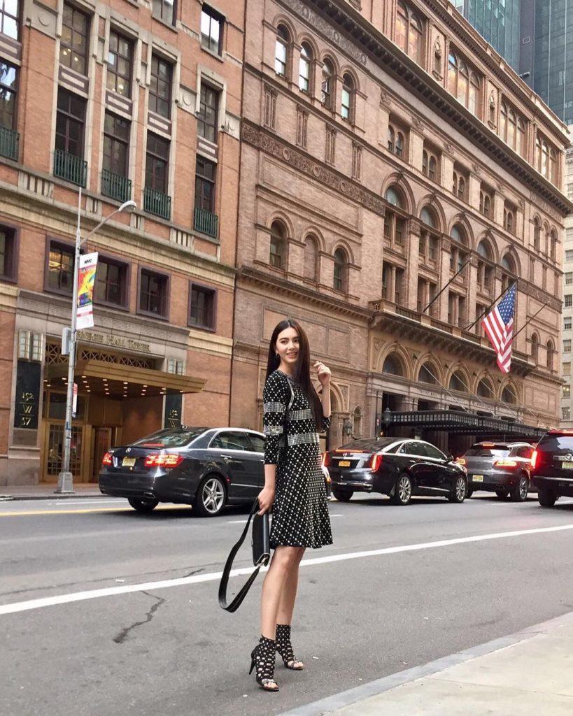 ส่อง!! ใหม่ ดาวิกา บินร่วมงานแฟชั่นที่นิวยอร์ก!! (รวมภาพ)