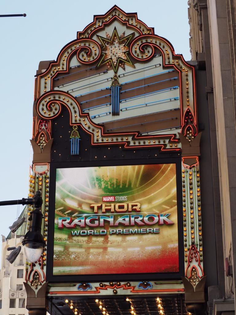 ปู ไปรยา เฉิดฉายกลางพรมแดงเปิดตัวหนัง Thor Ragnarok ที่อเมริกา!!