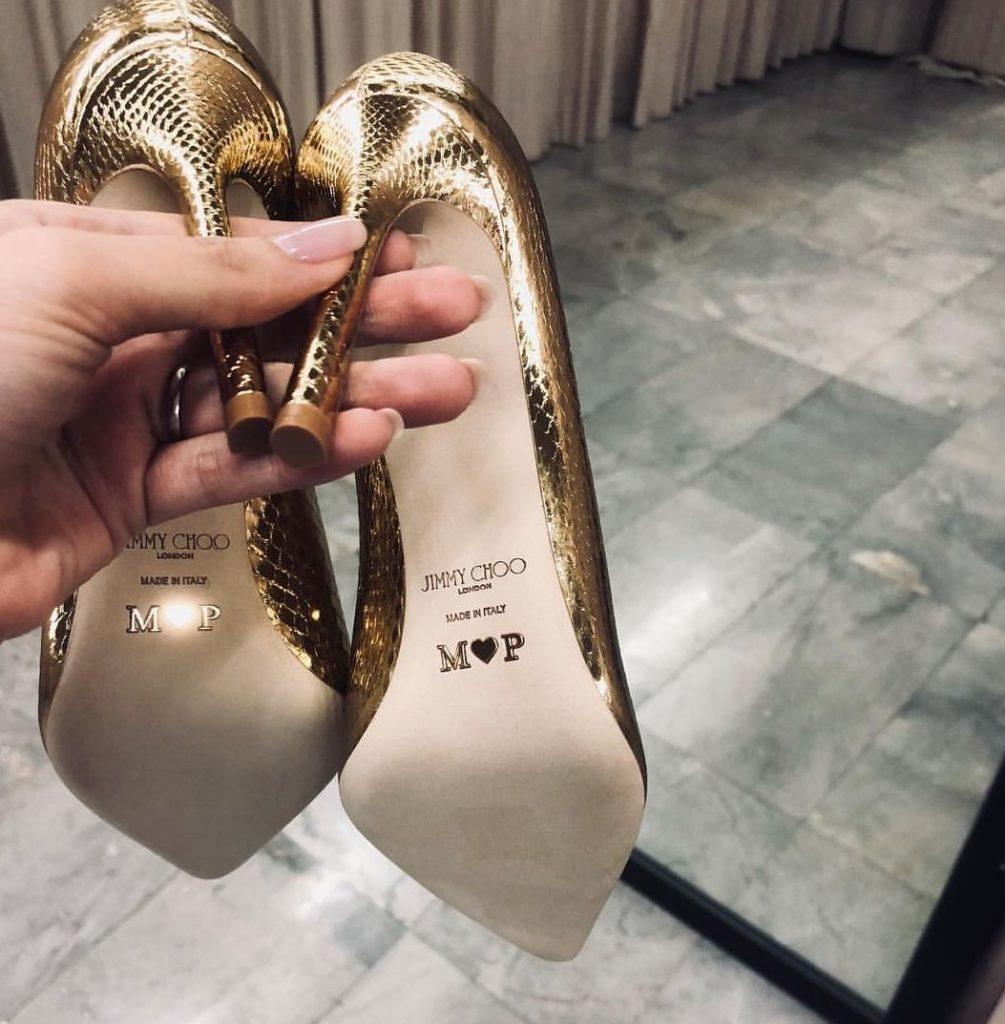 WoW!! รองเท้าว่าที่เจ้าสาว มาร์กี้ ในงานวิวาห์ สลักชื่อด้วย 👠