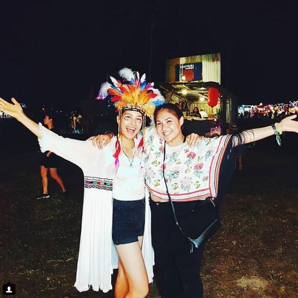 ภาพความประทับใจ เซฟ เซฟฟานี่ กับการเป็นแม่ค้าเทศกาลดนตรีผลไม้