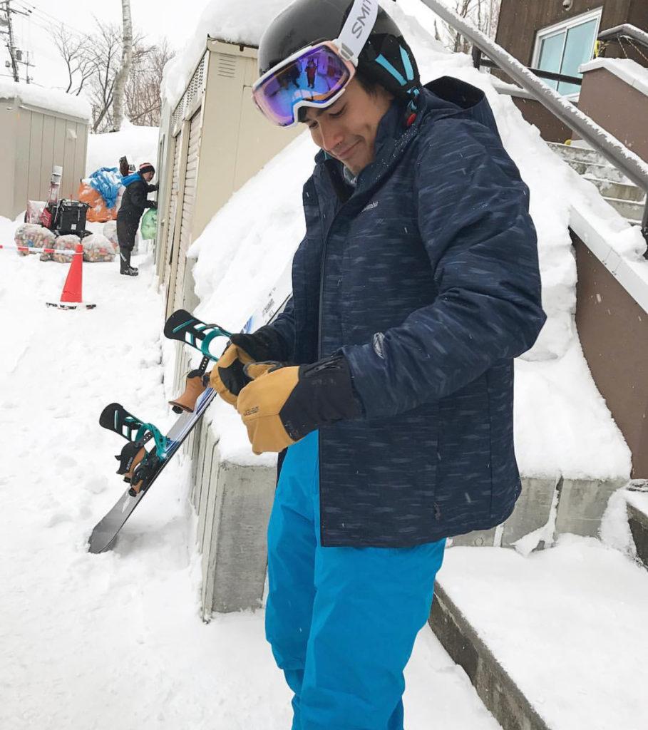 ณเดชน์ โชว์สกิลเล่นสกีขั้นเทพ หล่อและเก่งมาก!! (ชมคลิป)